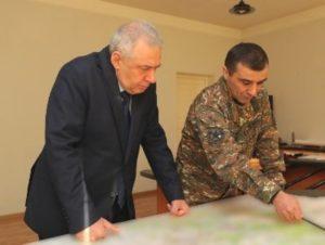 Министр обороны Карабаха представил главе МО Армении ситуацию на линии соприкосновения