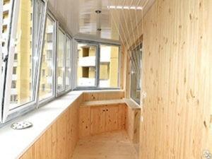 Что входит в отделку балкона?