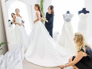Выбор свадебного платья: дело ответственное и хлопотное