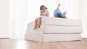 Как сделать правильный выбор детского матраса для комфортного сна ребенка