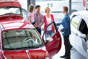 Выбор нового авто: как не ошибиться с первым автомобилем