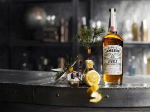 Гид по виски: как выбрать, с чем пить и где купить?